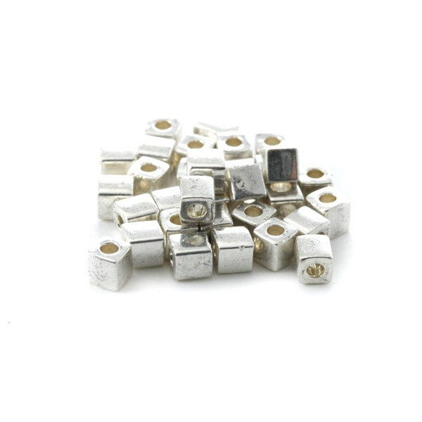 10g Miyuki Cube 4 mm galvanized silver SB4-1051 - Photo n°1
