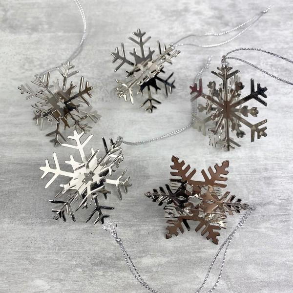 Lot de 5 flocons de neige, métal argenté, dim. 5 cm, déco de sapin de noël à suspendre - Photo n°1