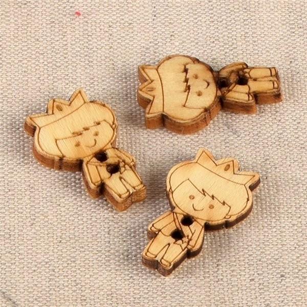 Lot de 6 boutons en bois 2cm x 1,8cm prince - Photo n°1