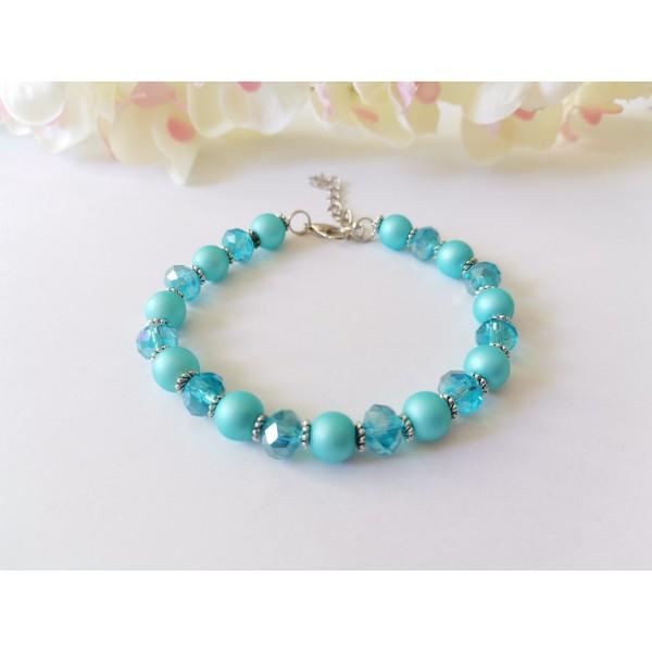 Kit bracelet perles en verre nacré et à facette bleu ciel - Photo n°1