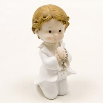 Communiant ou Jeune Baptisé à genoux, Garçon en résine, hauteur 11 cm pour Déco Cérémonie communion