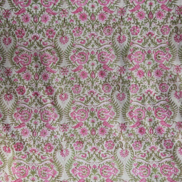 Tissu fleuri vert en voile de coton batik en 110 cm - Photo n°2