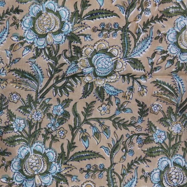 Tissu fleuri beige en voile de coton batik en 110 cm - Photo n°1