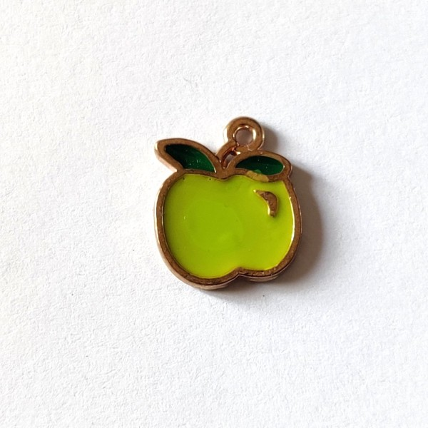 1 Breloque pomme verte - métal & émail - 13x15mm - b41 - Photo n°1
