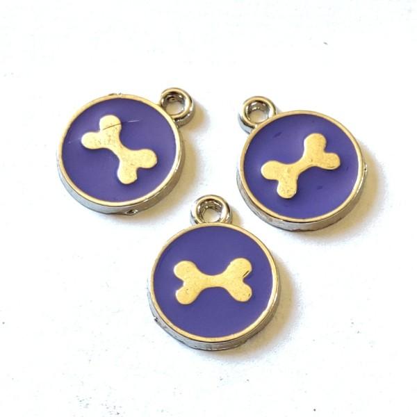 3 Breloques médaille os de chien violet - résine - 17x14mm - b141 - Photo n°1
