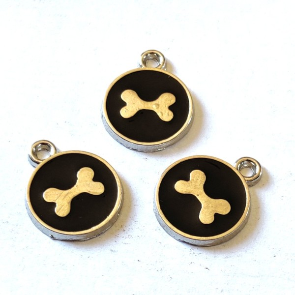 3 Breloques médaille os de chien noir - résine - 17x14mm – b145 - Photo n°1