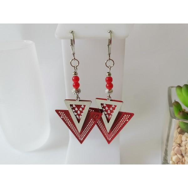Kit boucles d'oreilles pendentif métal triangle rouge et argent mat - Photo n°1
