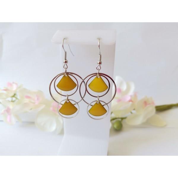 Kit boucles d'oreilles double anneaux argent mat et sequins émail jaune - Photo n°1