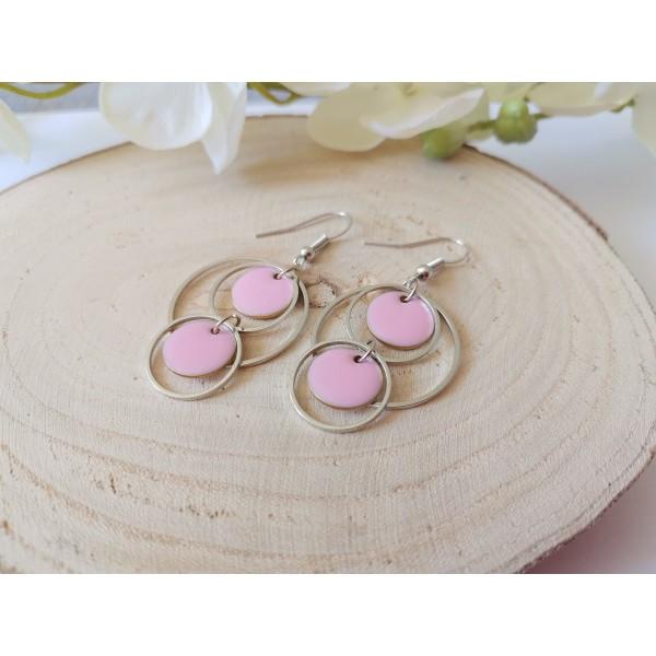 Kit boucles d'oreilles double anneaux argent mat et sequins émail rose - Photo n°2
