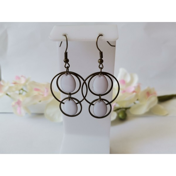 Kit boucles d'oreilles double anneaux bronze et sequins émail blanc - Photo n°1
