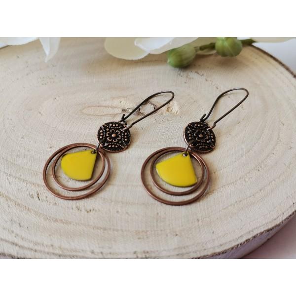 Kit boucles d'oreilles anneaux cuivre rouge et sequins émail jaune moutarde - Photo n°2