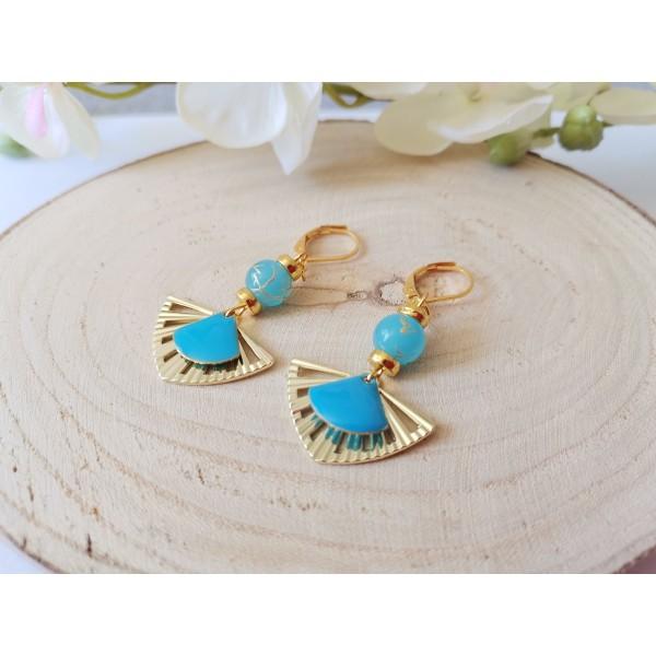 Kit boucles d'oreilles pendentif éventail et perles bleues tréfilées dorées - Photo n°2