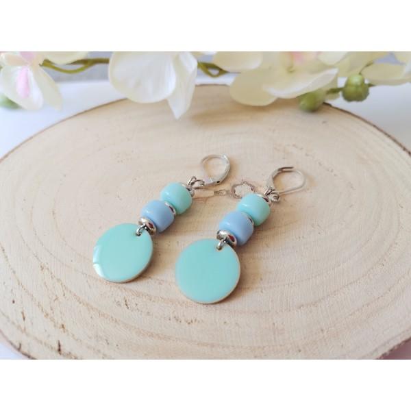 Kit boucles d'oreilles sequin émail bleu ciel et perles en verre colonne bicolore - Photo n°2