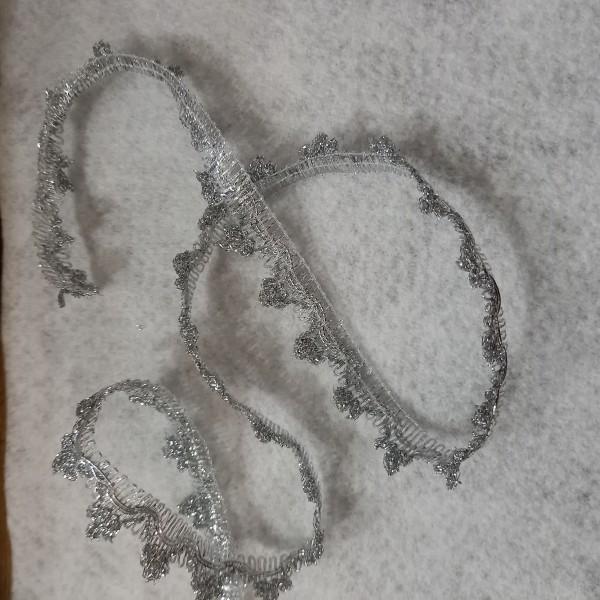 Cinq mètres de ruban feston argenté - Photo n°1