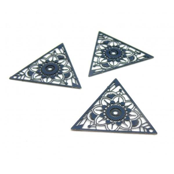 AE1111967 Lot de 4 Estampes pendentif connecteur filigrane Triangle 28mm coloris Gris Anthracite - Photo n°1