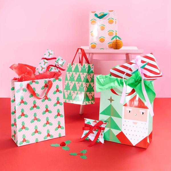 Sac cadeau en papier - Père Noël - 26 x 32 x 12 cm - 1 pce - Photo n°2
