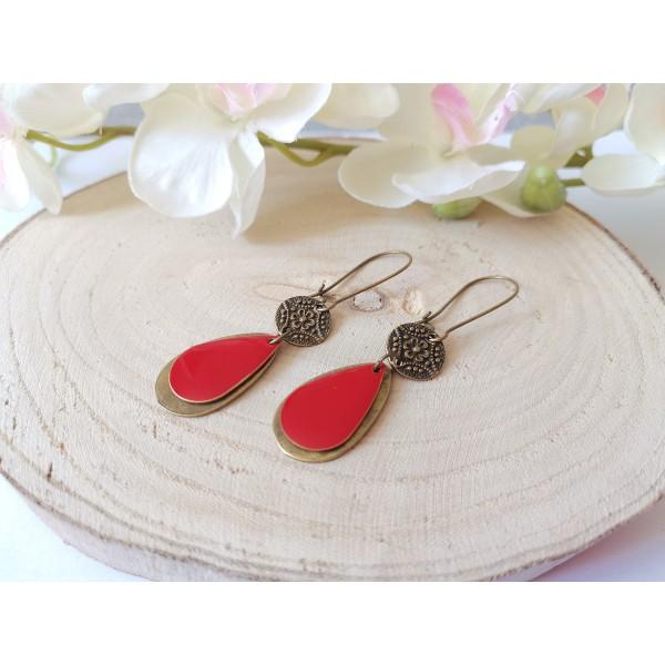 Kit boucles d'oreilles pendentifs bronzes et sequin émail rouge - Photo n°2