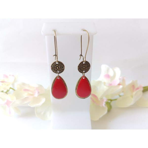 Kit boucles d'oreilles pendentifs bronzes et sequin émail rouge - Photo n°1