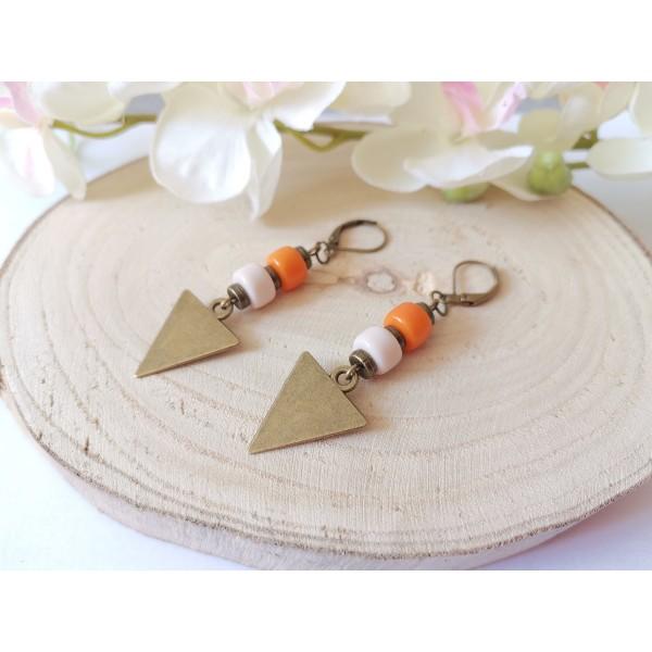Kit boucles d'oreilles pendentifs bronzes triangle et perles en verre colonne - Photo n°2
