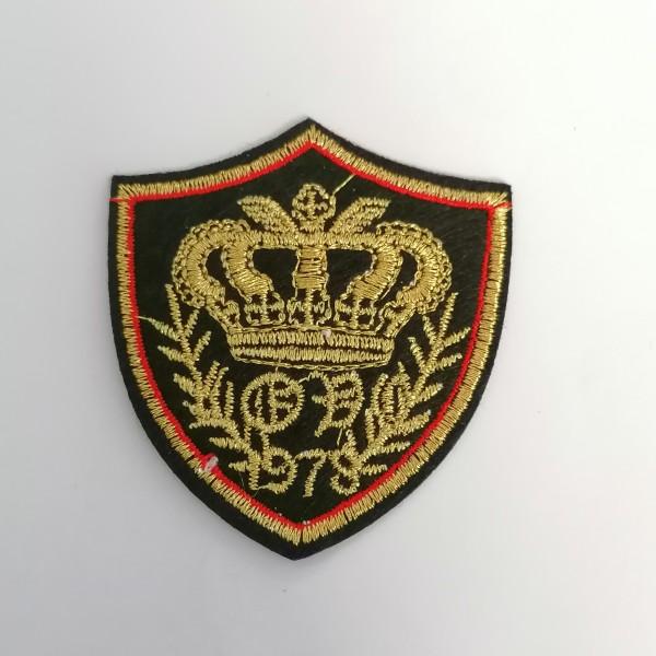 Un thermocollant motif couronne 1978 - Photo n°1