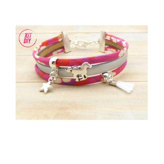 Kit Bracelet Liberty Mitsi rose, cuir argent mat, passant cheval, mini pompon blanc 1 pièce.