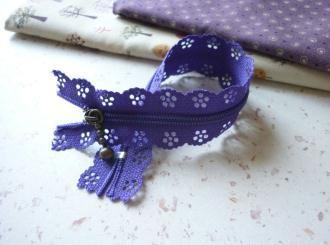 Fermeture éclair violet dentelle - non séparable - longueur zip = 20 cm