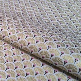 Tissu éventails doré metalic et rose - vendu par 25 cm