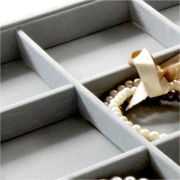 Porte bijoux plateau bijoux à 12 compartiments en velours Gris clair - Photo n°3