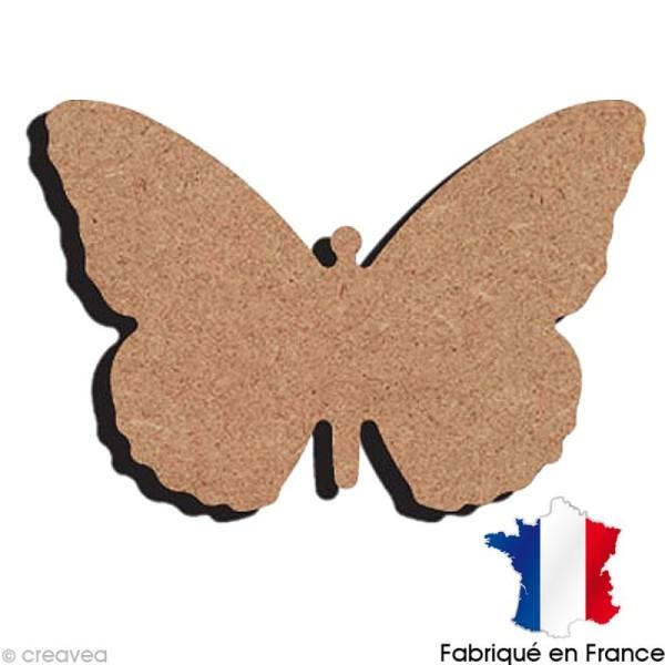 Papillon de nuit en bois 12 cm - Photo n°1
