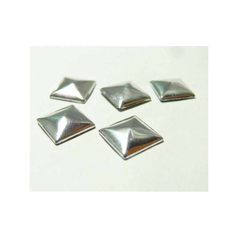 Lot 10 cônes argentés 2 cm