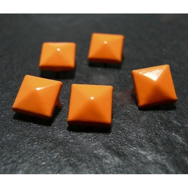lot de 10 clous rivet 9mm orange NO226 pyramide carré - Photo n°1
