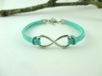 Kit bracelet suédine vert clair et lien infini
