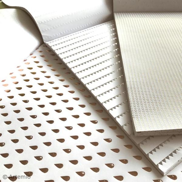 Papier scrapbooking Artemio - Foil argenté - 30,5 x 30,5 cm - 40 feuilles - Photo n°3