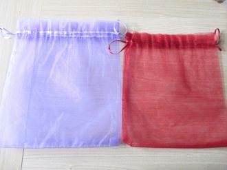 Lot de 3 grands sachets organza rouge et mauve 22 x 26 cm