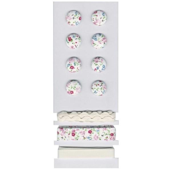 Sachet 8 Boutons et 3x 1mètre de rubans, Motif Petites Fleurs  et Roses rosé - Photo n°1