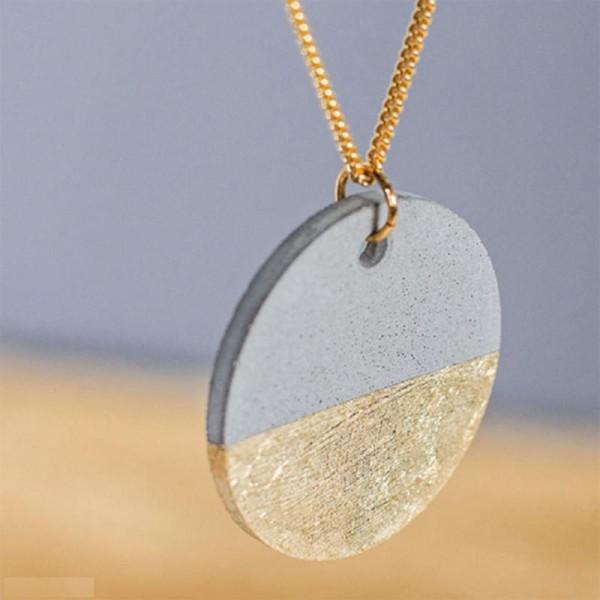 Moule à bijoux rond pour béton, Pendentif en caoutchouc flexible, diam. 3,9 cm, remplissage 7 mm - Photo n°3