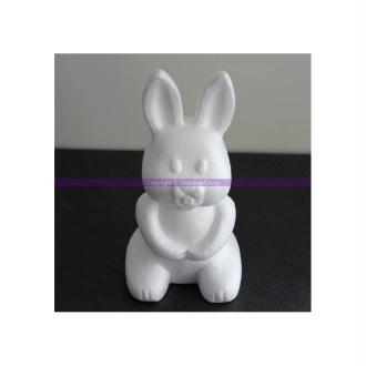 Lapin en polystyrène, Hauteur 24 cm, Assis sur les pattes arrières