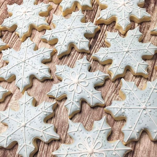 Lot de 5 Emporte-pièces en inox, Flocons de neige, 2,5 à 10,5 cm, découpe hivernale - Photo n°2
