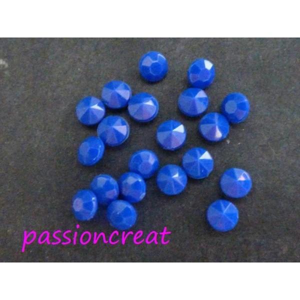 100 Strass Facette Acrylique Bleu 4mm - Photo n°1