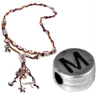Perle alphabet M en métal