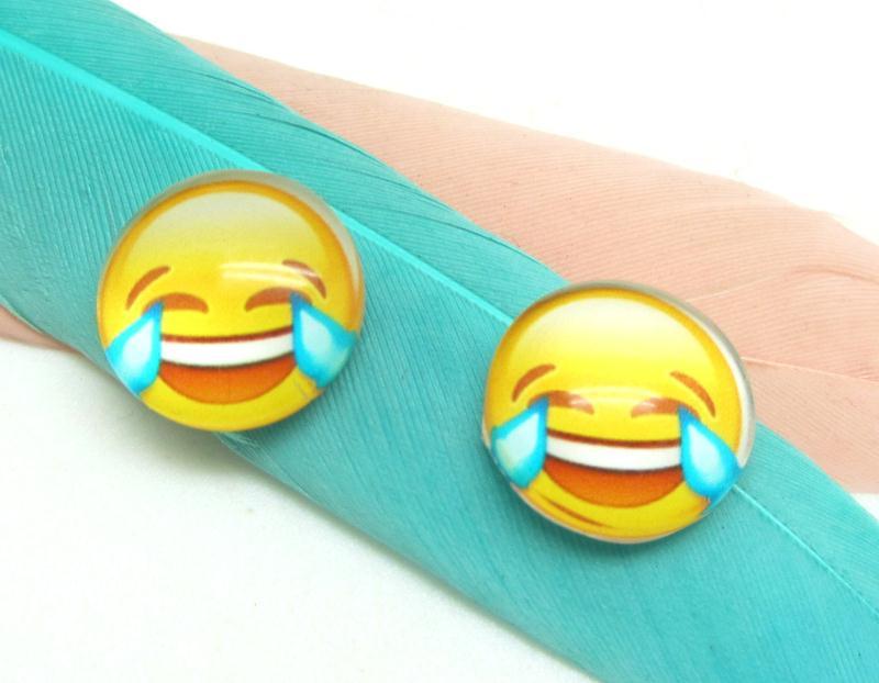 2 Cabochons 12 Mm En Verre Smiley Emoticone Pleurer De Rire 12 Mm Cabochons En Verre Creavea