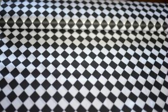 Tissu Losange Noir et Blanc 100% Polyester au mètre, Carnaval, Déguisement