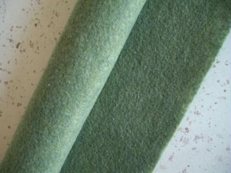 Feutrine vert mousse 30 x 22 cm écologique polaire, souple