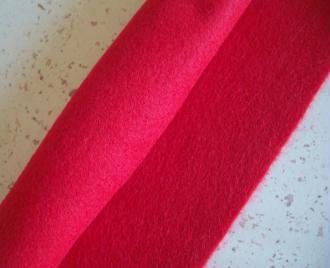 Feutrine rouge 30 x 22 cm écologique polaire, souple, lavable