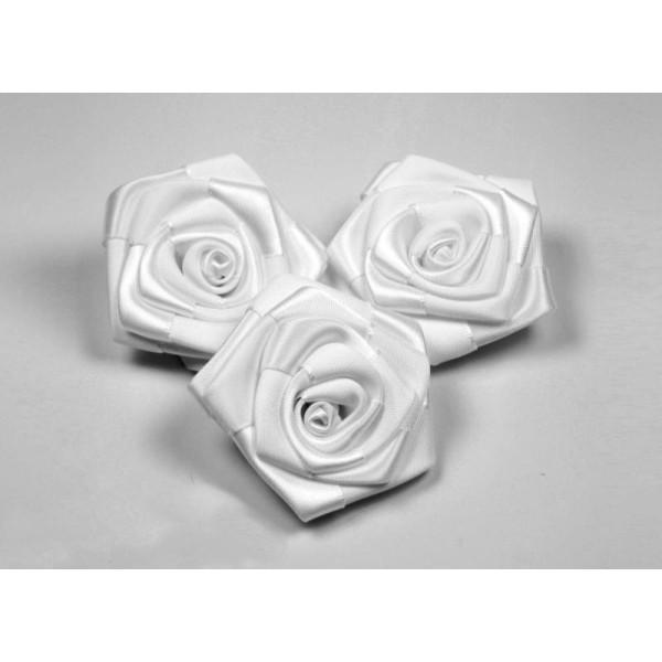 Sachet de 3 roses satin de 6 cm de diametre blanc 029 - Photo n°3
