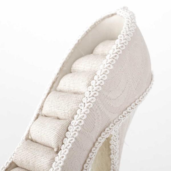 Porte bijoux porte bague escarpin arabesque beige Beige - Photo n°2