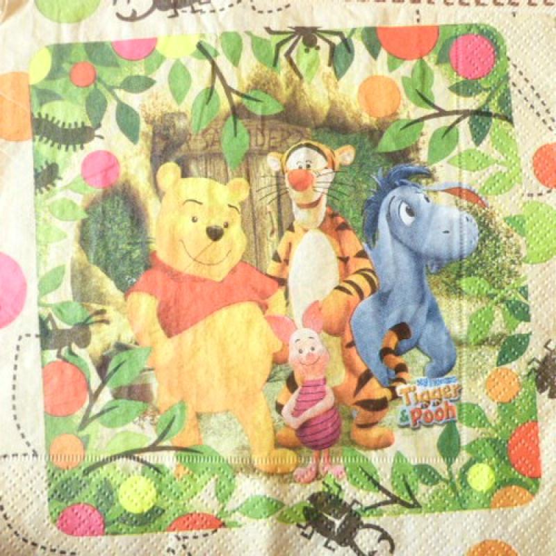 4 serviettes en papier d coupage collage 33 cm winnie serviette en papier naissance creavea. Black Bedroom Furniture Sets. Home Design Ideas