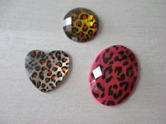Lot de 3 cabochons résine motif léopard