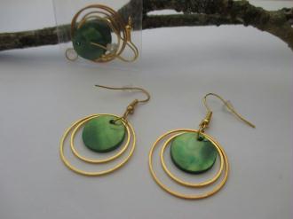 Kit de boucles d'oreilles anneaux doré et sequin vert