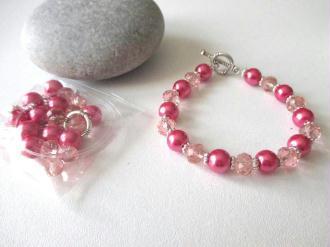 Kit bracelet perles en verre roses 17 cm